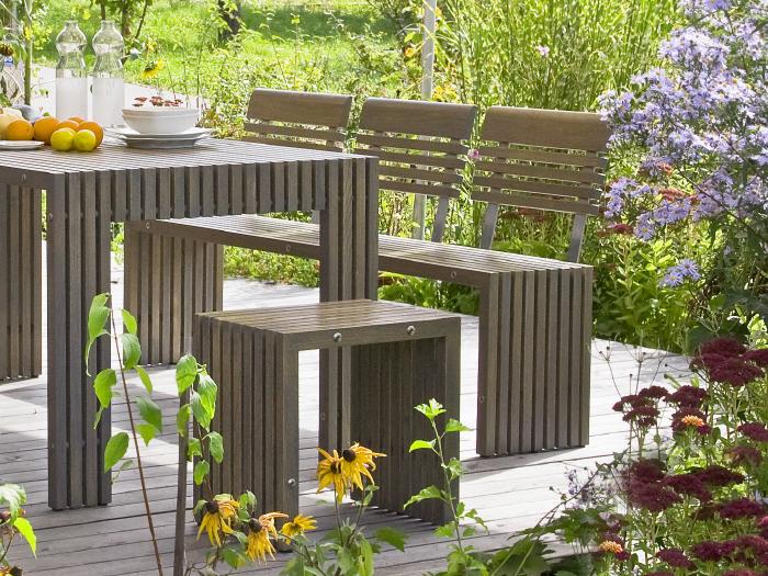 Moderne & nachhaltige Outdoor-Möbel aus heimischem Holz –die passende Einrichtung zu zeitgemäßer Architektur