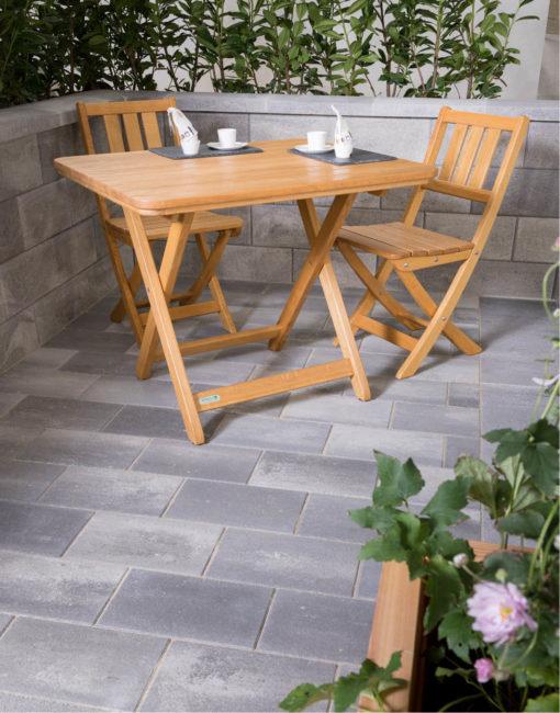 Hochwertige Klappmöbel aus Holz / Eiche für Gast-Garten, Heurigen und Terrasse vom Gartentischler