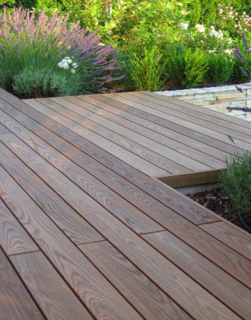 Holzterrasse, Holzdielen, Holzdielenboden für die Terrasse von WALLI, NÖ, Wien, Burgenland