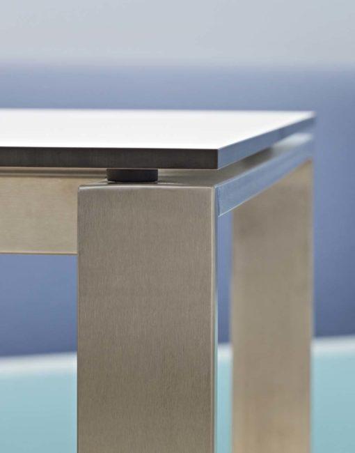 Gartentische, Ausziehtische, Gartenstühle aus Metall / Edelstahl