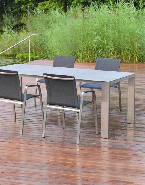 Design Auszugtisch / Edelstahl Outdoor-Ausziehtisch von WALLI Gartenmöbel in NÖ / Wien Umgebung