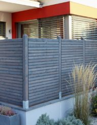Rhombus Sichtschutz aus heimischer Lärche in Grau –individuelle Lösung für moderne Architektur