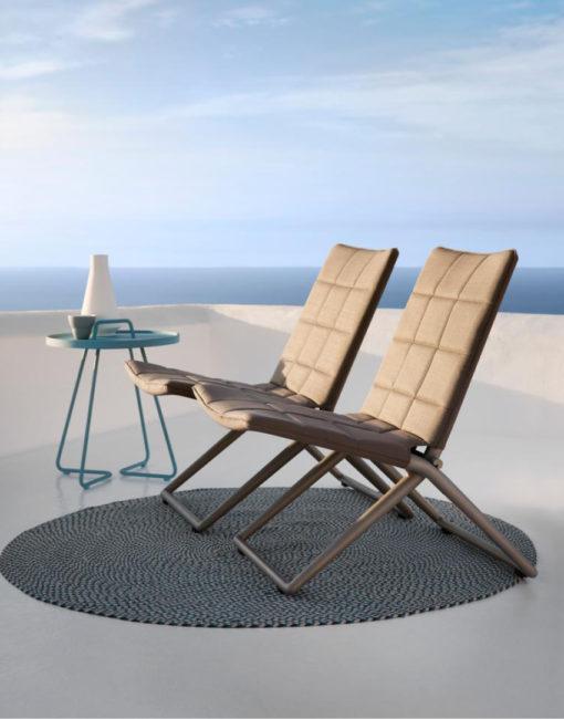 Elegant, bequem, praktisch: Traveller – der klappbare Lounge Stuhl von Cane-line