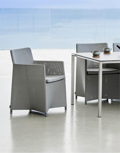 Diamond Dining Chair –exklusiver und leichter Essstuhl für die Terrasse von Cane-line