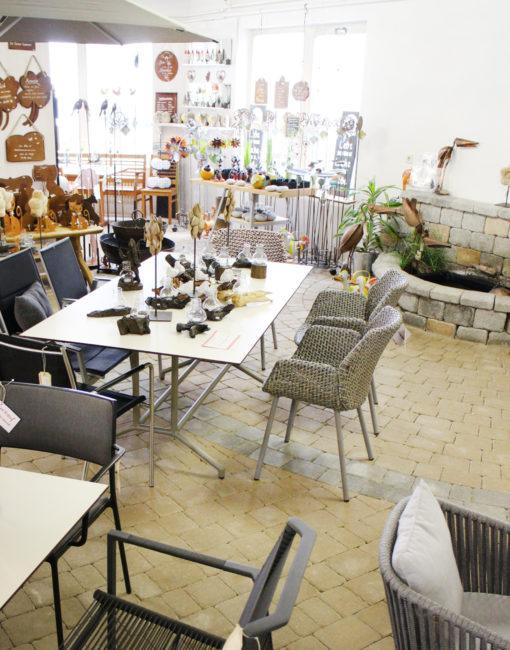Cane-line Design-Outdoor Tische, Stühle und Sessel